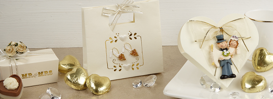 gold-wedding-favours.jpg