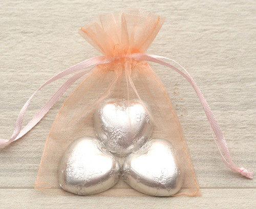 Organza Bags in Peach for wedding favours or table gifts for company events, birthday parties or other celebrations