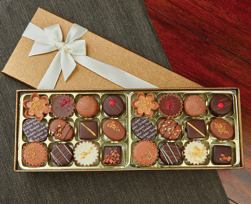 7165 Luxury box of twenty-four chocolates - An Executive Collection