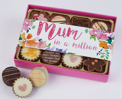 7025 Mum in a Million 12 Chocolate Box