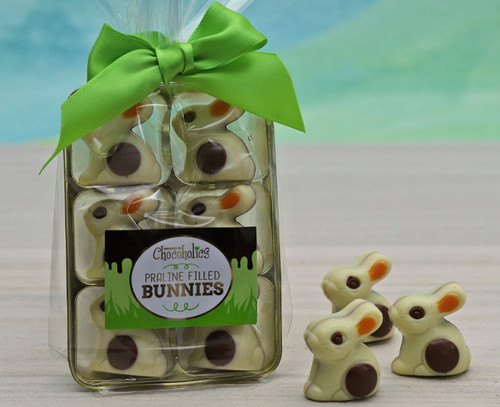 8609 White Chocolate Bunnies with Praline Filling
