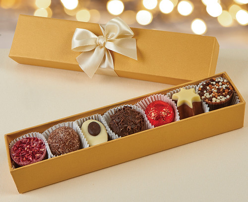 7957 Luxury Assorted 7 Chocolate Gold Finger Box
