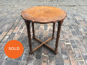 Scalloped Edge Occasional Table, Vintage