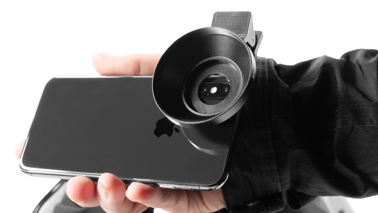 Prompter Pal add Lens Adapter on Cell Phone