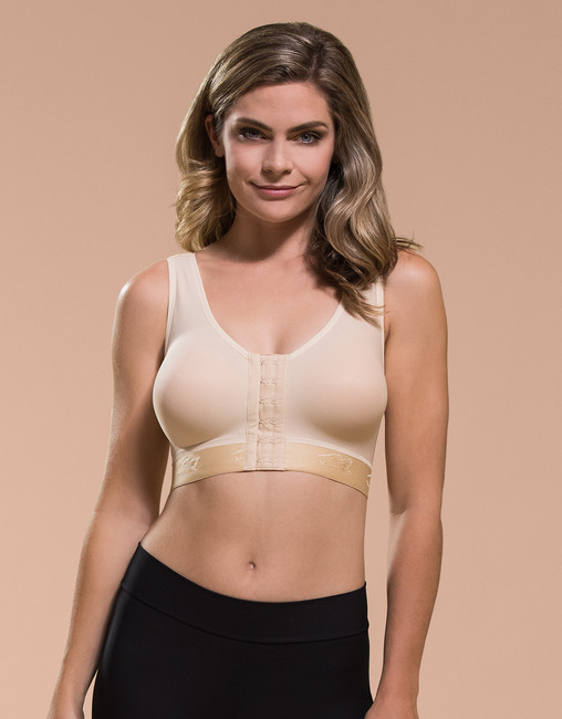 Marena Recovery B01G seamless cup basic bra (bottoms sold separately).