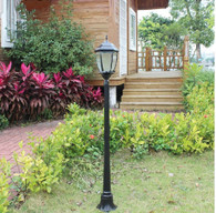 4 foot outdoor solar powered lamp post with LED Lights