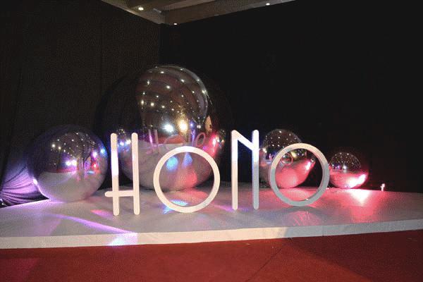 giant-inflatable-balls-intro-3-fx.jpg