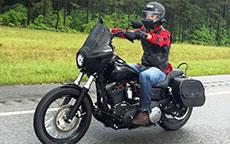 Wes' Harley-Davidson Dyna Street Bob w/ Motorcycle Saddlebags