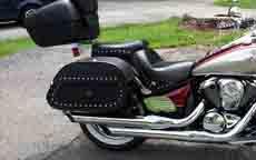 Steve's '09 Vulcan 900 Classic w/ Hammer Series Motorcycle Saddlebags