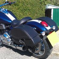 Triumph Thunderbird w/ Ultimate Shape Motorcycle Saddlebags