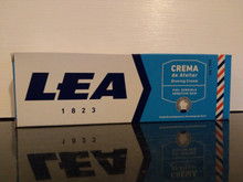 Lea SENSITIVE shaving cream soap 100ml  x 2 tubes