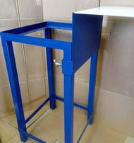 Bottling Stand With Adjustable Shelf, by TNT