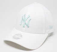 New Era 9Forty New York Yankees Mesh Ladies Cap White