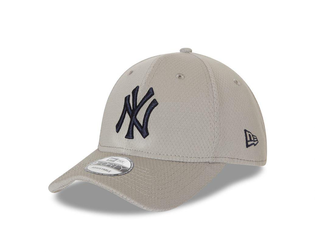 New Era 9Forty New York Yankees Grey Cap  9c5897437fd4