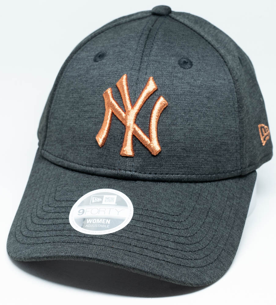 bd4bfd14e66 New Era 9Forty New York Yankees Tech Shadow Womens Cap Black