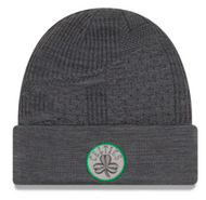New Era Golden Boston Celtics Training Series Beanie