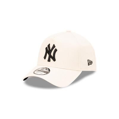 New Era New York Yankees 9Forty Beige Cap