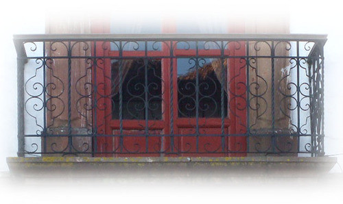 attractiveness forged iron balcony