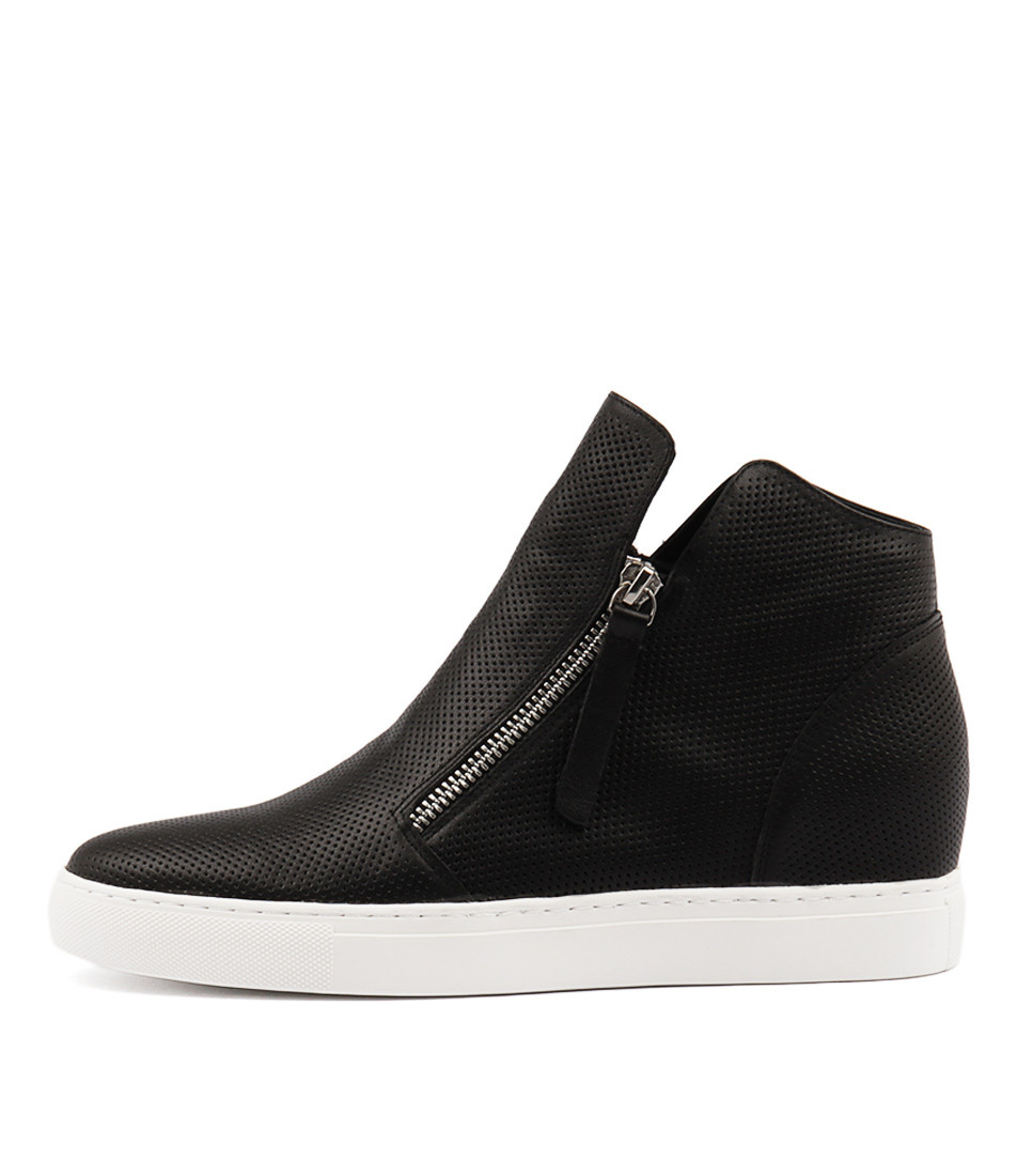c6f010f996cd GISELE Sneakers in Black Leather - Django and Juliette
