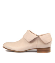 FEVEL Ankle Boots in Pale Pink Leather