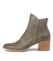 MOCKAS Ankle Boots in Olive Leather