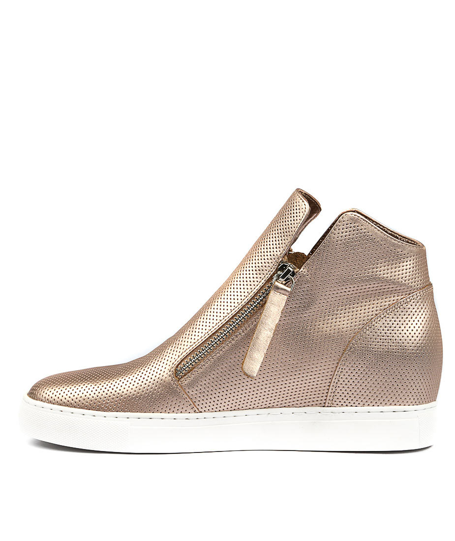81acf1c6eea5 GISELE Sneakers in Rose Gold Leather - Django and Juliette