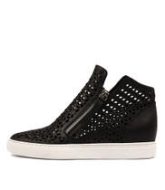 GAVEN Sneakers in Black Leather