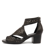 BEREOTO Heeled Sandals in Black Leather