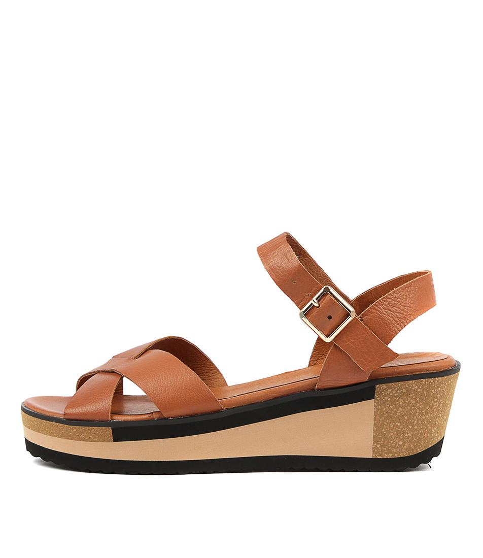 DENITA Platform Sandals in Tan Leather - Django and Juliette
