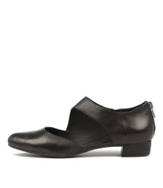 EARHART Flats in Black Leather