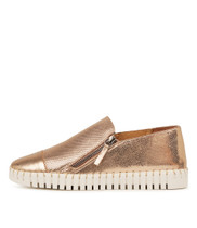 HUNG Flats in Rose Gold Leather