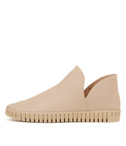 HILDRED Flats in Nude Leather