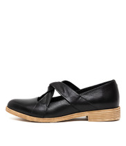 KAYCEEZ Flats in Black Leather
