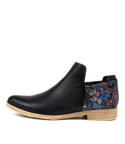 KAVALIER Ankle Boots in Black/ Multi Printed Leather