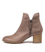 SHIANNELY Ankle Boots in Smoke Leather