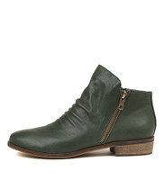 SPLIT Ankle Boots in Forest Leather