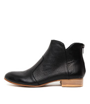 FRONIA Ankle Boots in Black Leather