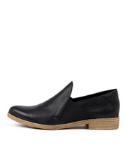KEFECT Flats in Black Leather