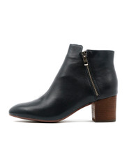 RALLO Ankle Boots in Navy Leather
