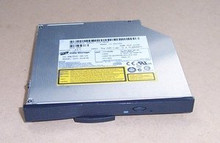 DELL LATITUDE D800   8X DVD+RW  DRIVE   X4479