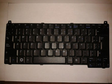 DELL VOSTRO 1310, 1320, 1510, 1520, 2510 SPANISH KEYBOARD / TECLADO EN  ESPAÑOL  ORIGINAL NEW DELL Y883J