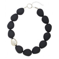 Full Pebble and Resin Collar Necklace