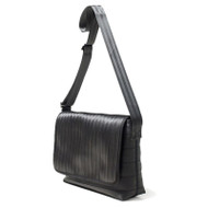 Harveys Seatbelt Messenger Bag Black