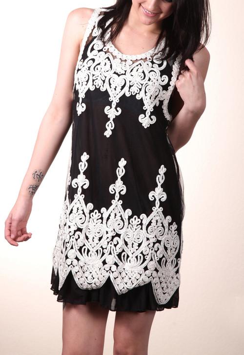 pretty angel Black & White Sheer Embroidered Sleeveless Tunic