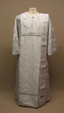 Deacon's Vestments: White #4 - 48 / 150