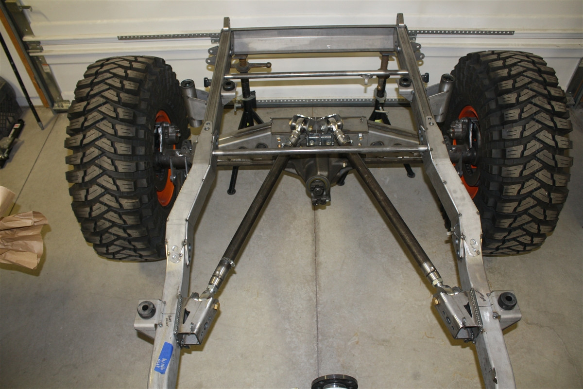 Heavy-Duty Universal Rear 4-Link Kit with 1