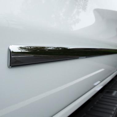 UpgradeYourAuto   Side Molding and Rocker Panels   14-17 Chevrolet Silverado 1500   CMT0164