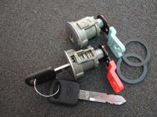 1997-2000 Mercury Mountaineer Door Locks