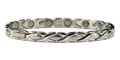 Titanium silver-plated XOXO -  Titanium Magnetic Bracelet