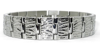 Silvery Lines -  silver-plated  Magnetic  Bracelet